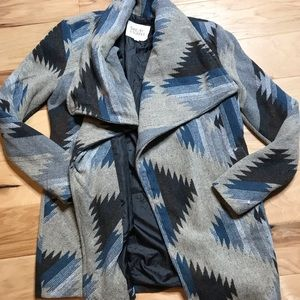 Thread & Supply Sz M Aztec print sweater jacket